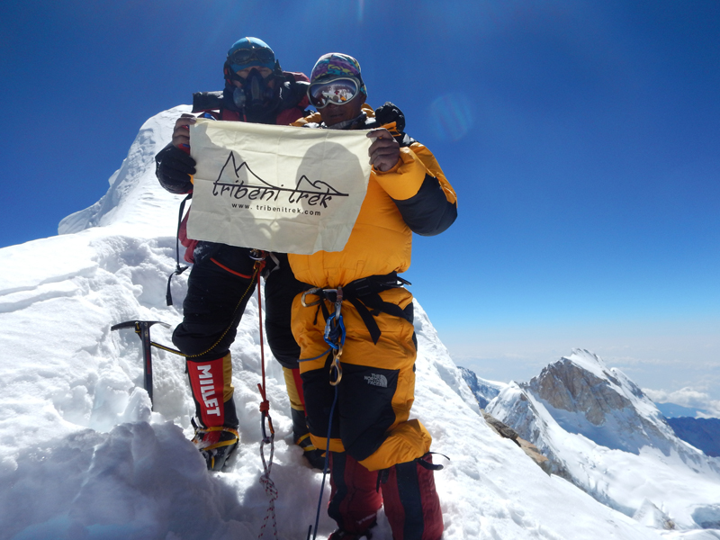 Philippe et Mingma au sommet du Manaslu